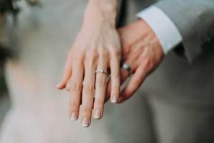 Etapy procesu o nieważności małżeństwa kanonicznego